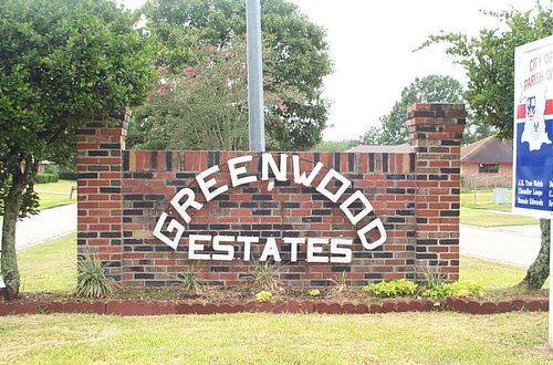 Greenwood Estates Entrance Sign