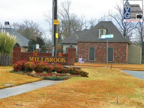 Millbrook Subdivision Baton Rouge LA 70816 (2)