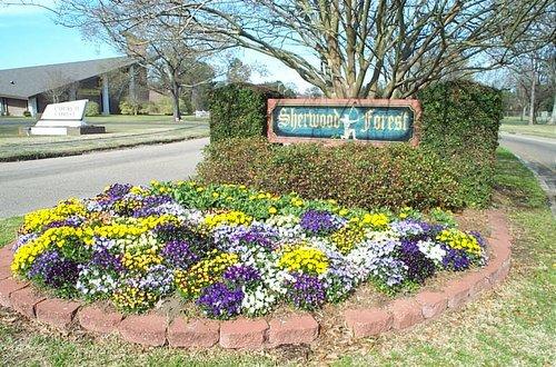Sherwood Forest Entrance
