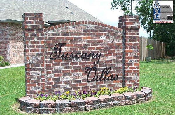 Tuscany Villas Subdivision Entrance Sign Baton Rouge LA 70817